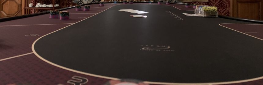 table poker avec jetons AACasino