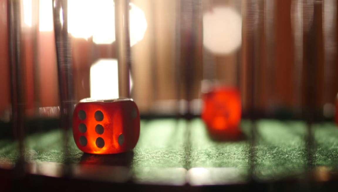 AA Casino - Chuck a Luck