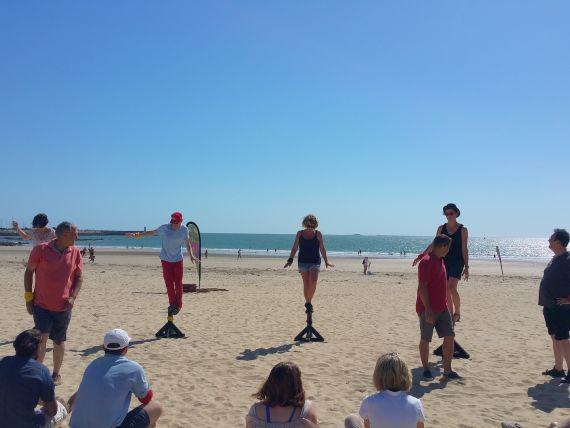 jeux-equilibre-team-building-koh-lanta-participants-activites