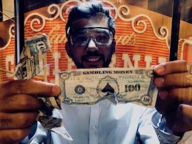 Attrapez un maximum de billets dans la Cash machine