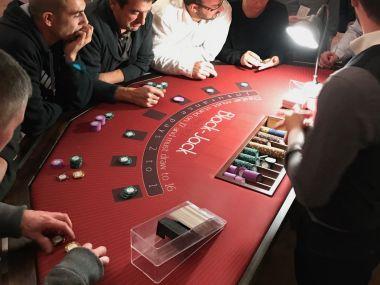 animation-entreprise-Jeux-casino-black-jack-Clos-du-Loir-Montoire-sur-le-Loir-Tours.